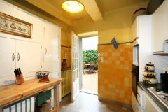 kitchen-france_4791759842_l